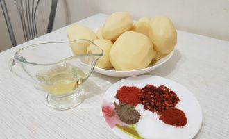 Ингредиенты для картофеля дольками в духовке